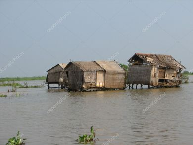 depositphotos_1510186-stock-photo-huts-on-the-tonle-sap