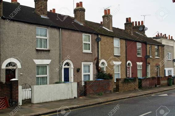 145767733-working-class-neighborhood-sandy-hill-road-woolwich-arsenal-in-london-uk-