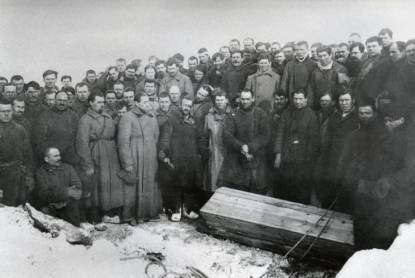 gulag-miners-grave